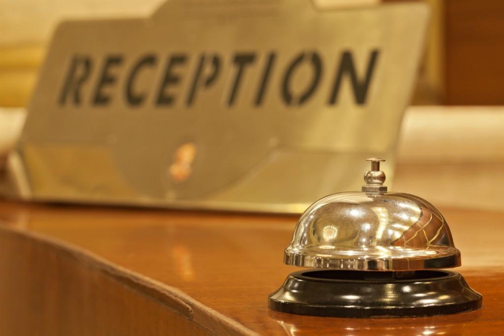 Trabajos en recepción de hotel